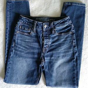 American Eagle Vintage Hi-Rise skinny jeans